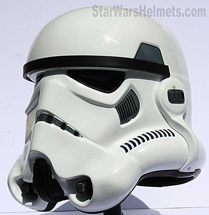 [Image: Master-Replicas-Stormtrooper-Helmet.jpg]